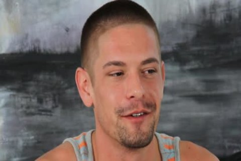 HD - GayCastings charming guy Who loves Sex Wants To Be Paid For It