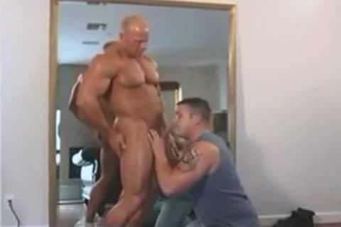 beefy Dakota James bang Ty Fox In Muscle males Moving Compangy Inc 2