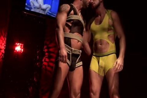 Francois Sagat And Hunter Marx Rubber fuck