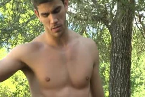 Hunk outdoors On His Knees To Tease That Johnson.