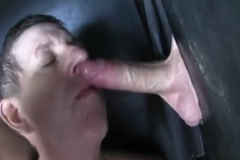 Super big Uncut 10-Pounder str8 Aussie Max acquire's Sucked Off At The Gloryhole.