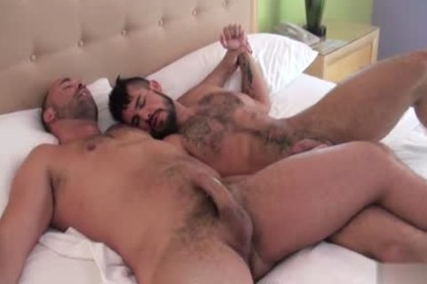 Muscle gay oral stimulation sex With cumshot
