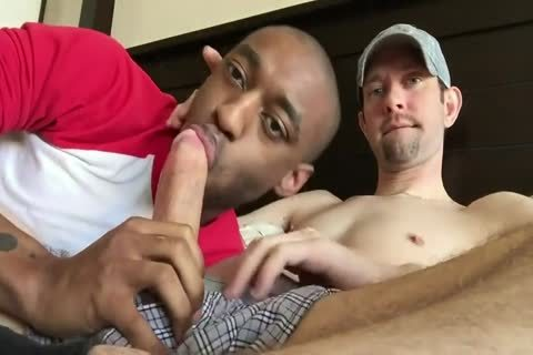 White stud receives Sucked By darksome guy
