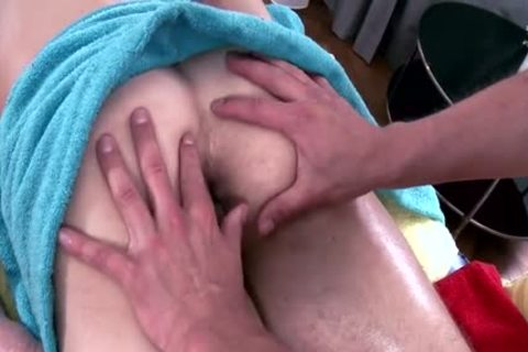 Muscle Daddy pooper bang With Massage