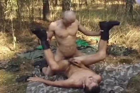 Outdoor Blowjobs For those Army men