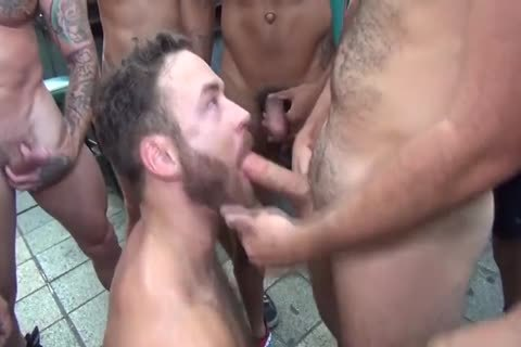 Logan Moore Acquires bunch gangbanged