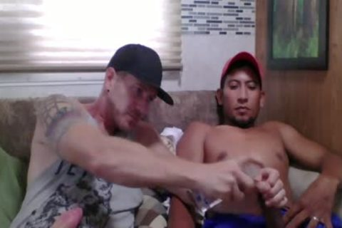 Straight Latino Construction Worker receives First handjob From A dude (Martin two)