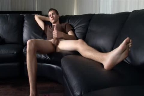 fashionable Sole Jerking With A cute arse