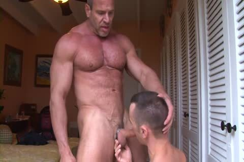 Muscle dad Trains A Pigboy - fuck And piss Up His pussy