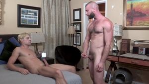 FamilyDick - Taylor Reign playing with Donnie Argento