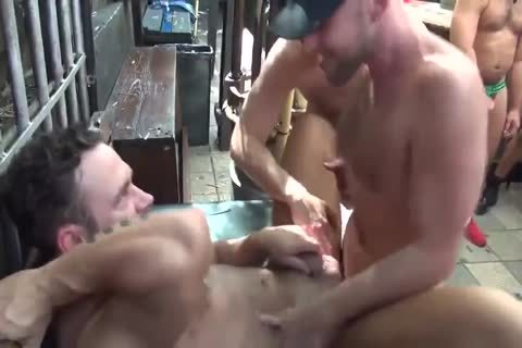 MusclePup Logan Moore receives bunch team-banged Barebacked poke