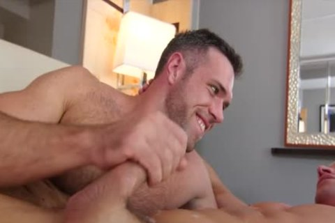 Alex Mecum And Alexander Volkov