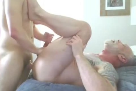 older Hunk pounded Hard A Tattooed Daddy