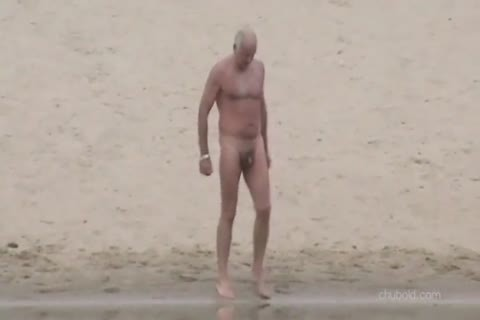 Spy older males And Grandpas Swimming nude