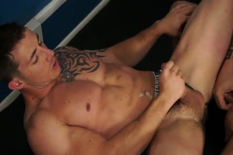 RB2683 Austin Wolf Gives Richard Pierce ass A Workout