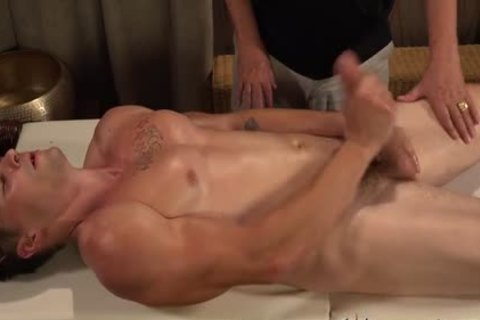 WH-twink Massage - No plowing
