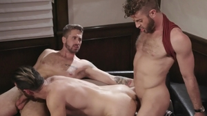 IconMale: Wesley Woods fucks in the ass