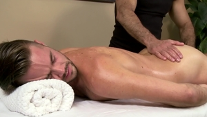 Icon Male: Muscle gay Mike Demarko gets rough nailing in HD
