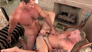 DylanLucas - Athletic Danny Gunn amongst Nick Capra rimming