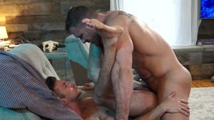 Falcon Studios - Ian Frost smashed by bodybuilder Austin Wolf
