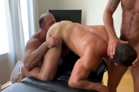 OF - Dato - three-some With Musclebeach32