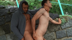 Bromo: Muscled european twink Dee really likes spitting