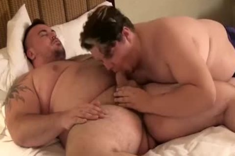 Two  bulky's Have  joy At Hotel