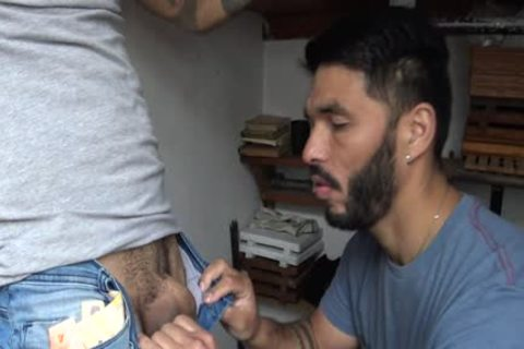 Latin Stranger receives specie In Exchange To His Tattoed wazoo